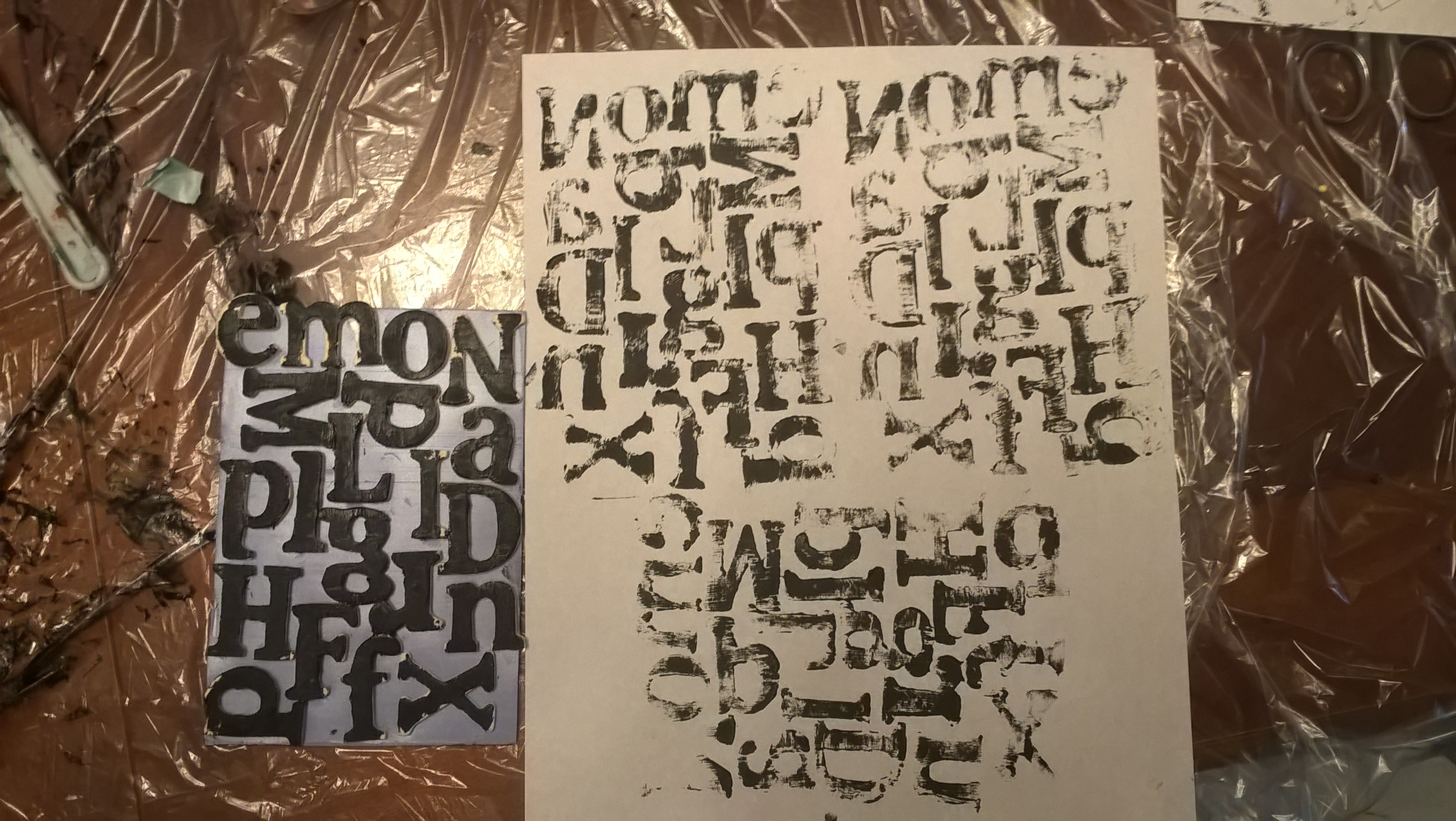 printing with printing plate made with wooden letters