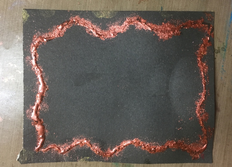 border design made with clear glue and pigment powder